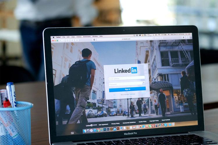 Réseautage sur LinkedIn, trucs et astuces pour réussir