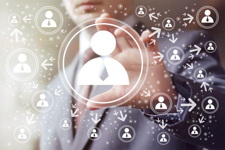 Dirigeants, pourquoi être présent sur les réseaux sociaux ?